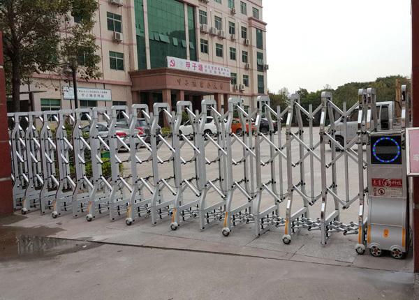 深圳电动伸缩门维修 重点提示